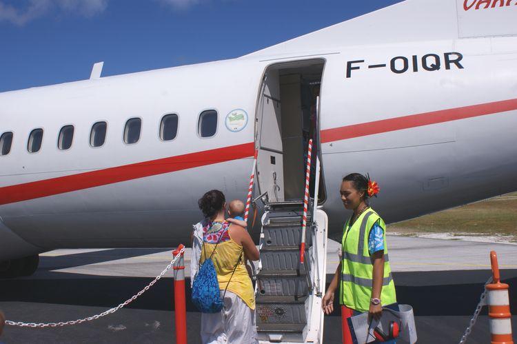 l'avion avec un bébé en polynésie
