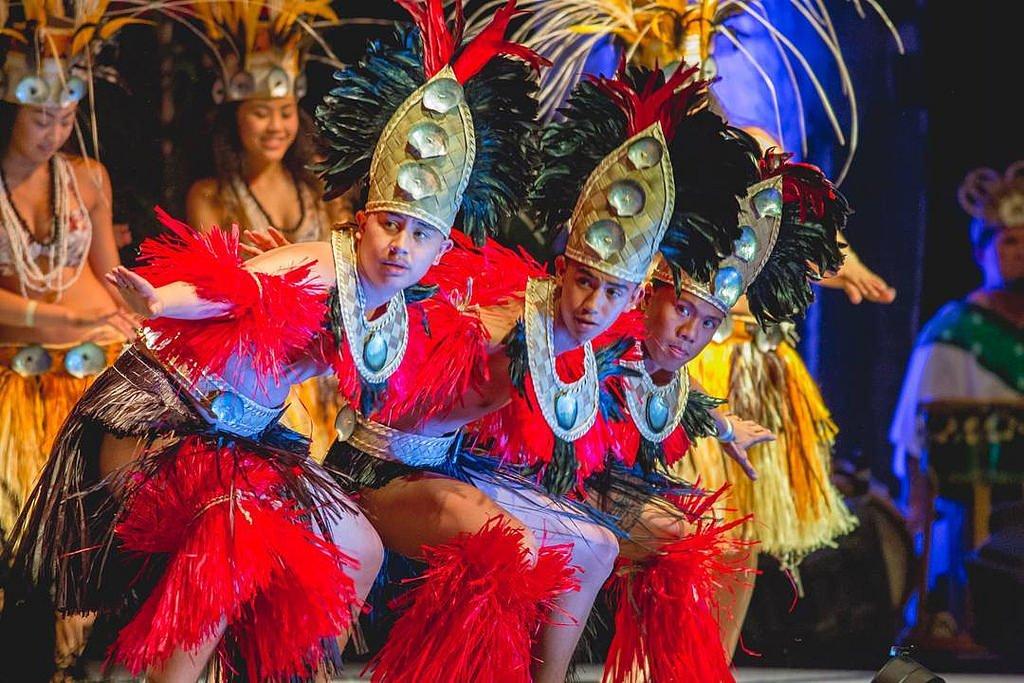 the best season to travel to french polynesia