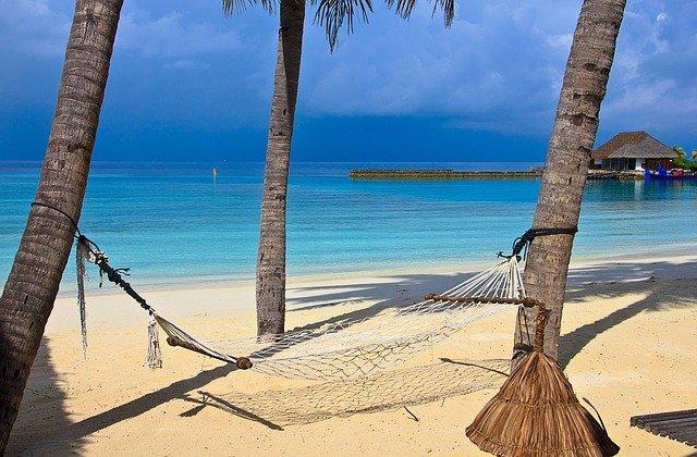 vols au départ de montpellier vers maldives