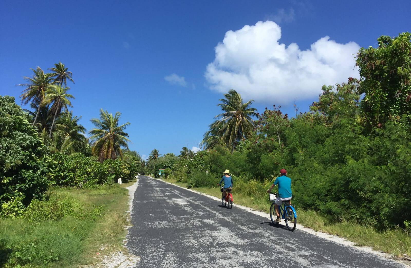 Balade à Rangiroa à vélo