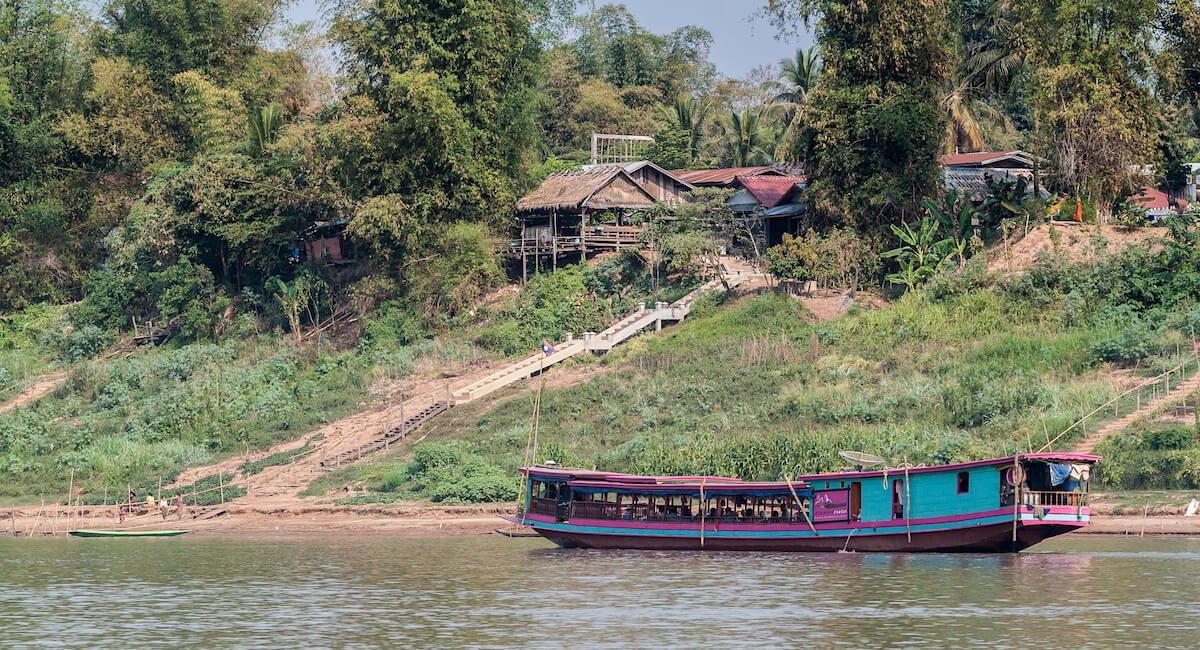 une balade bateau sur mékong, à faire au laos
