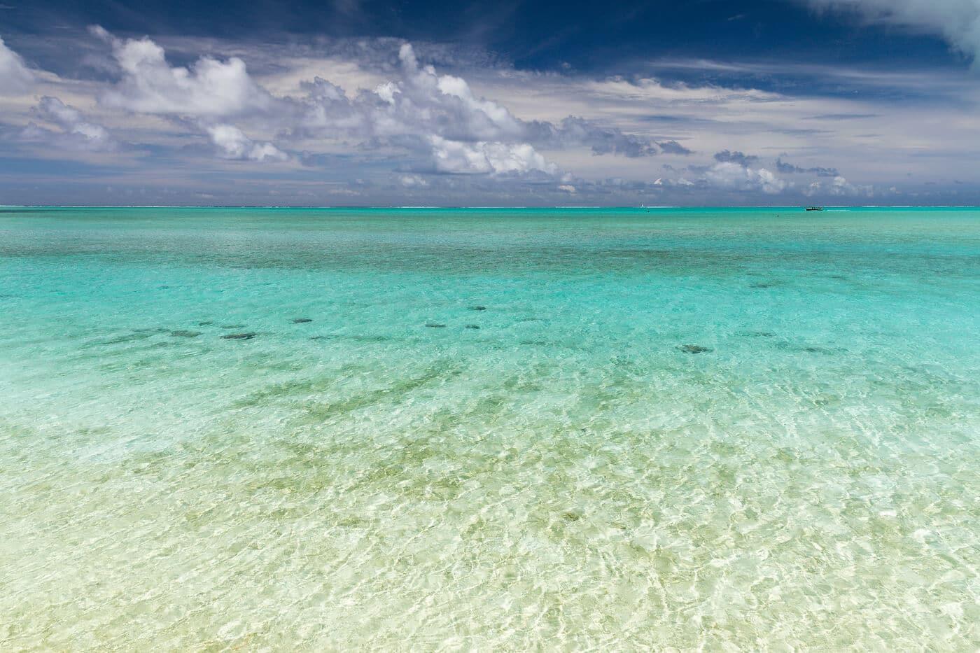 Bora Bora plage et sable blanc