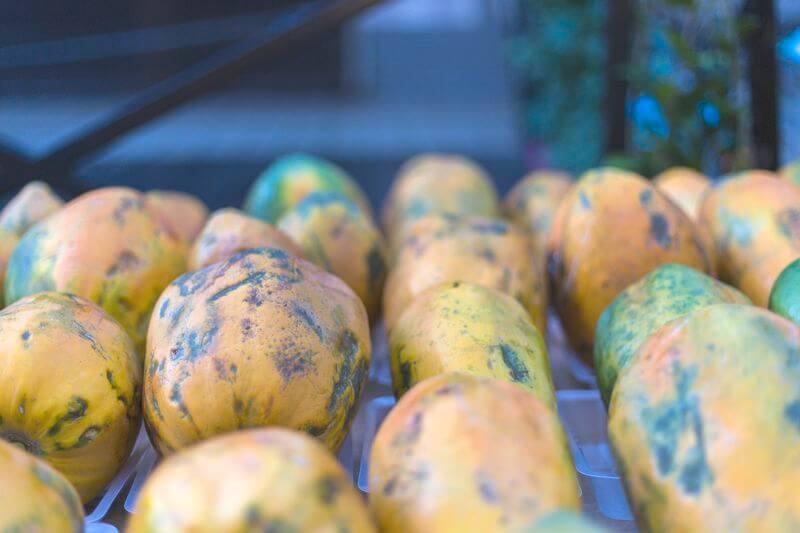 papaye au marché de papeete