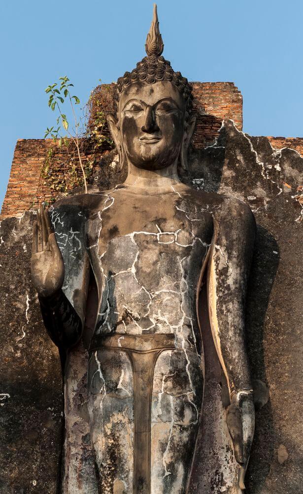 temples statues sukhothai