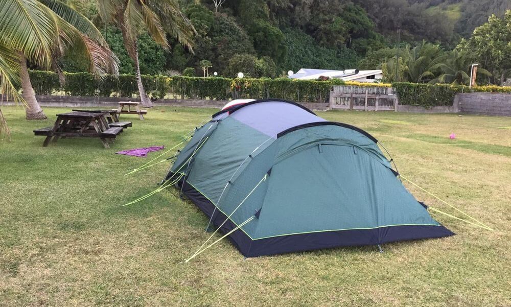 camper sur l'île de moorea en polynésie