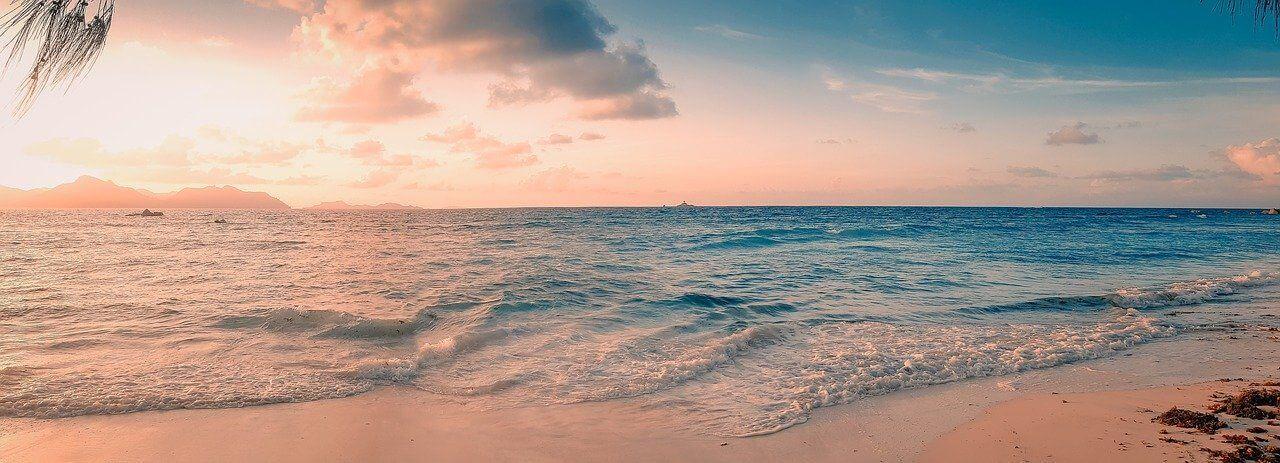 coucher soleil mahé seychelles
