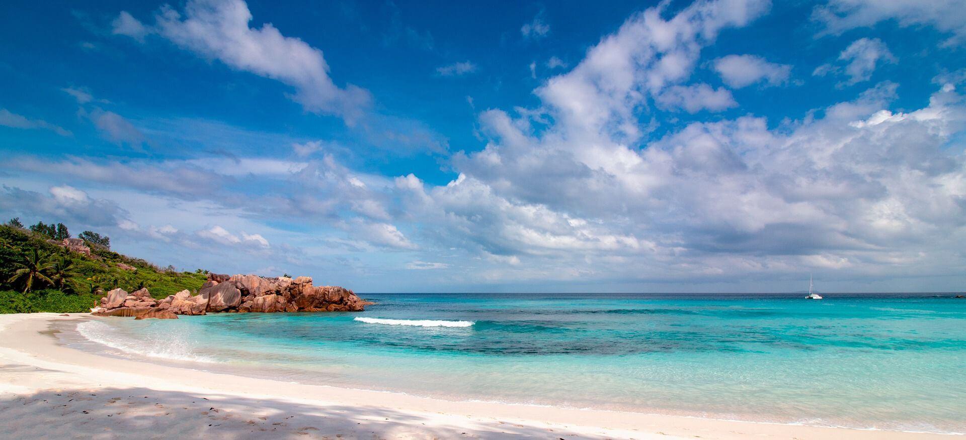 plage superbe mahé seychelles