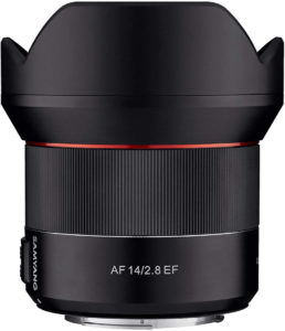 the samyang 14mm f/2.8 AF a nice alternative