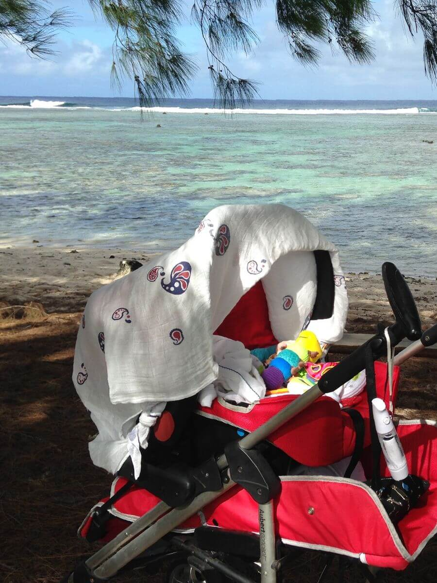 voyager avec une poussette et un bébé