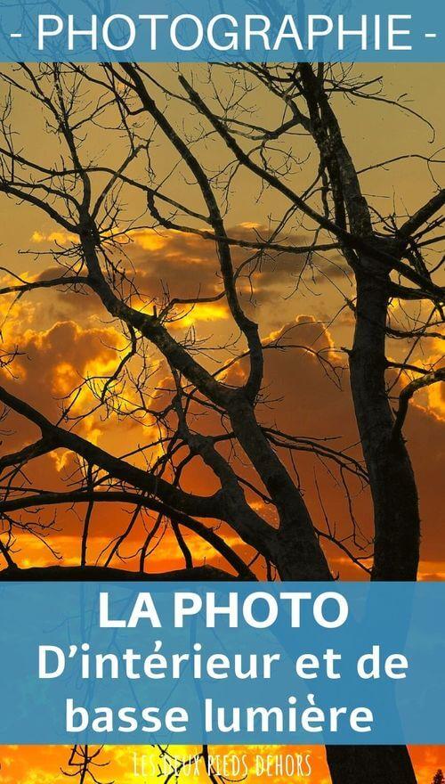 photo en basse lumière et en intérieur