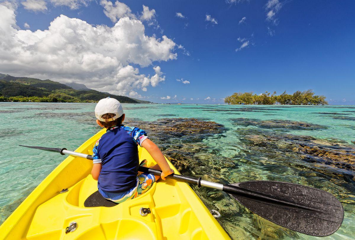 kayak in front of raiatea lodge