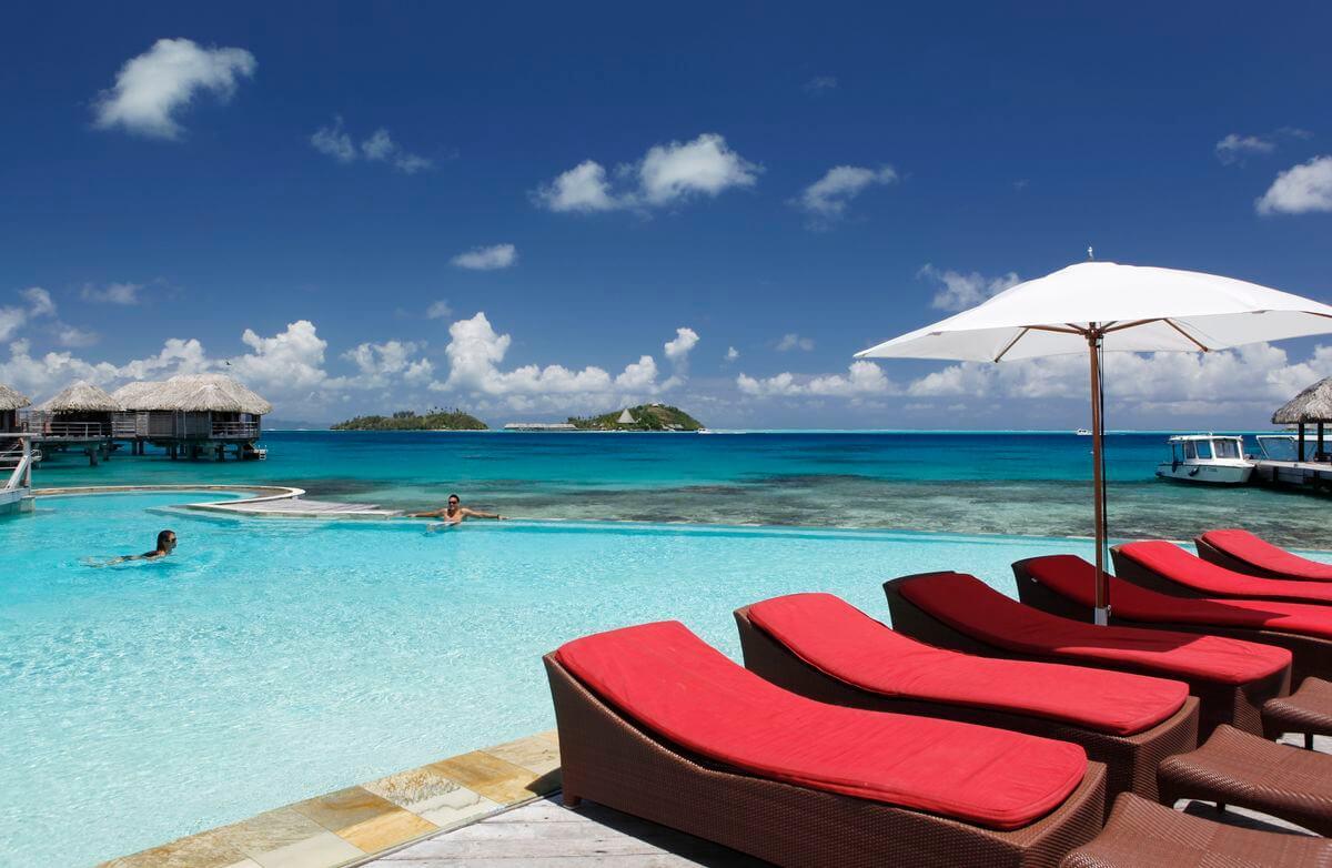 luxury resort in bora bora, which one to choose