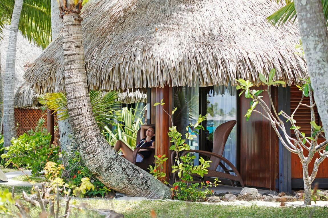 French polynesia overwater bungalows