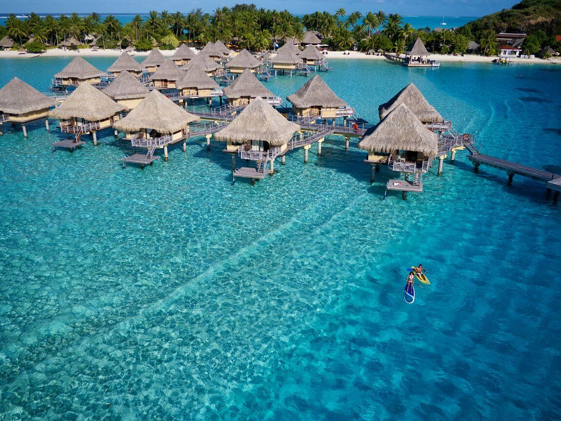 Intercontinental Le Moana bungalows overwater