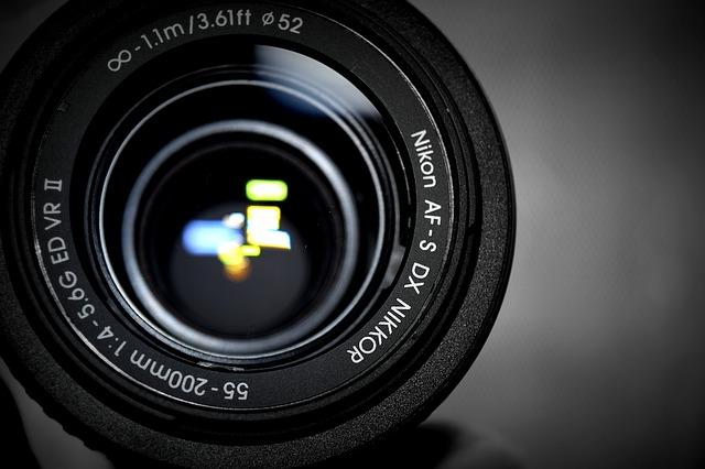 list of nikon DX lenses for F reflex aps-c mount
