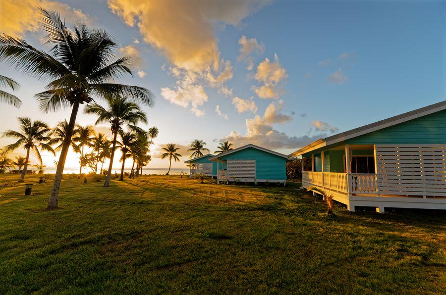 Coucher de soleil sur le Raiatea Lodge